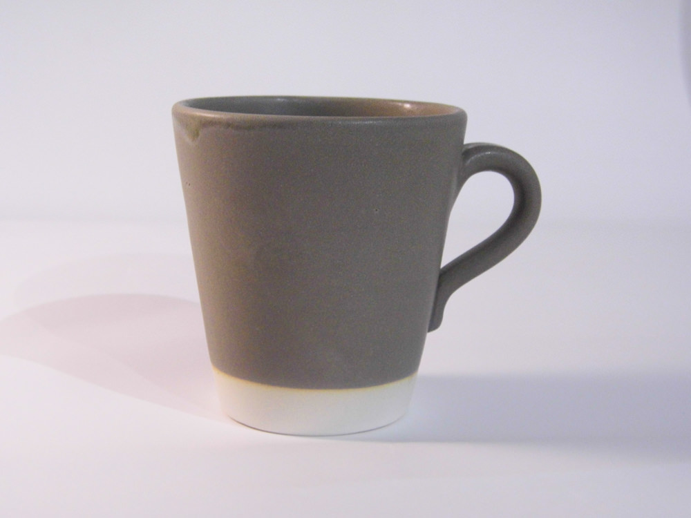 Eve Small Mug Khaki Matt